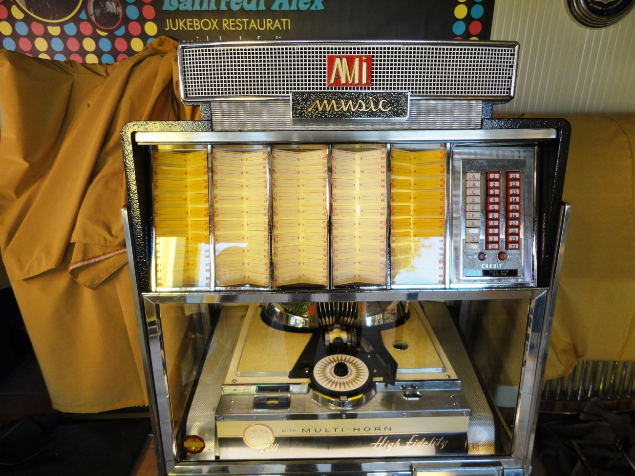 jukebox ami G200